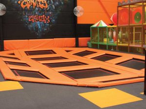 junior-trampoline-space
